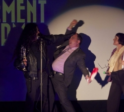 Mercury - Nooooooo! Ese premio es mio!!!!!!!